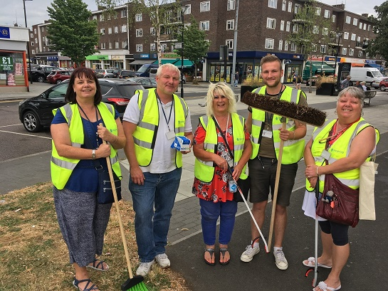 Community get together for Harold Hill clean-up