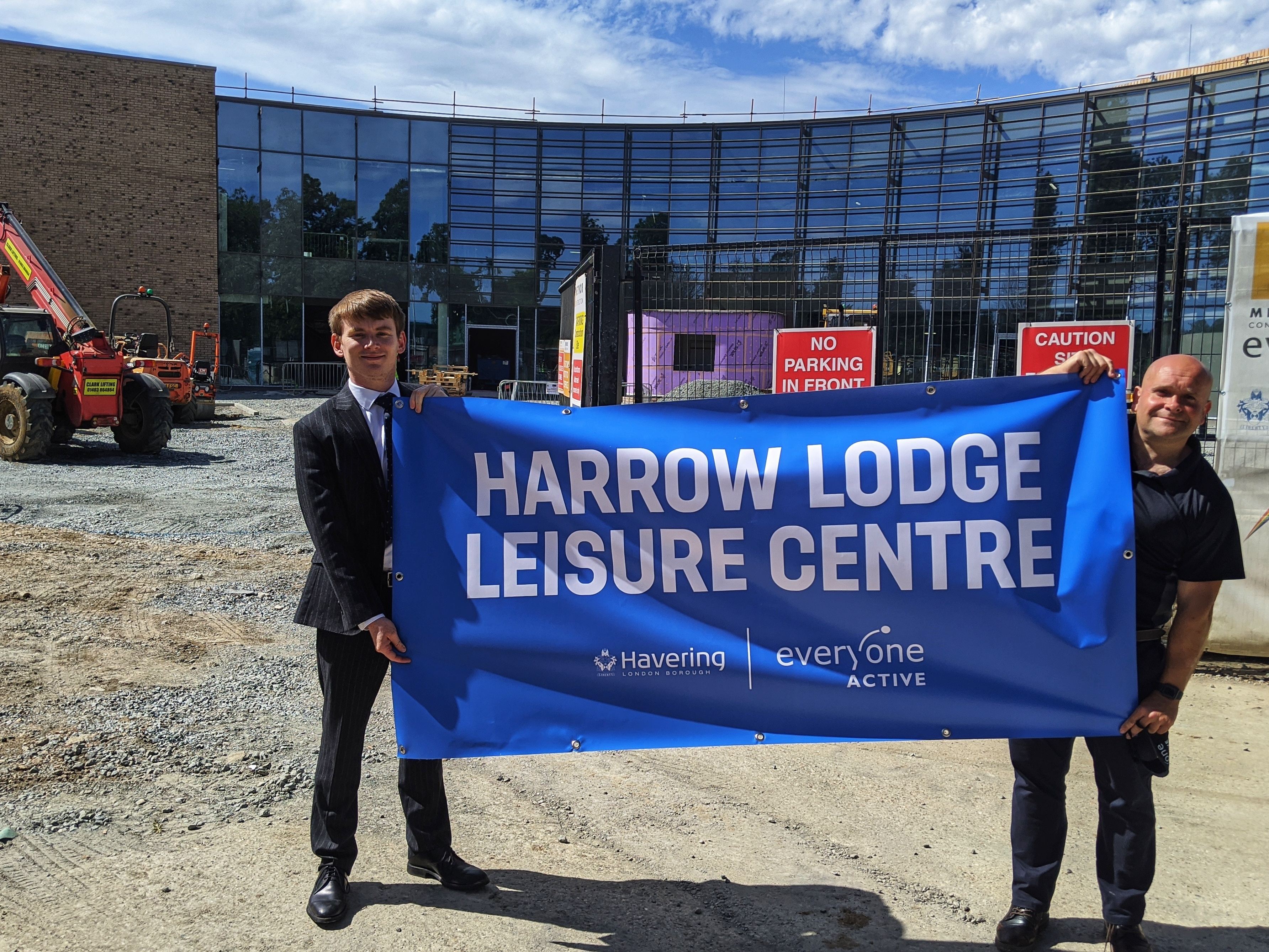 Councillor Damian White and Tom Fletcher, Area Contract Manager at Everyone Active, reveal the name of the new leisure centre.